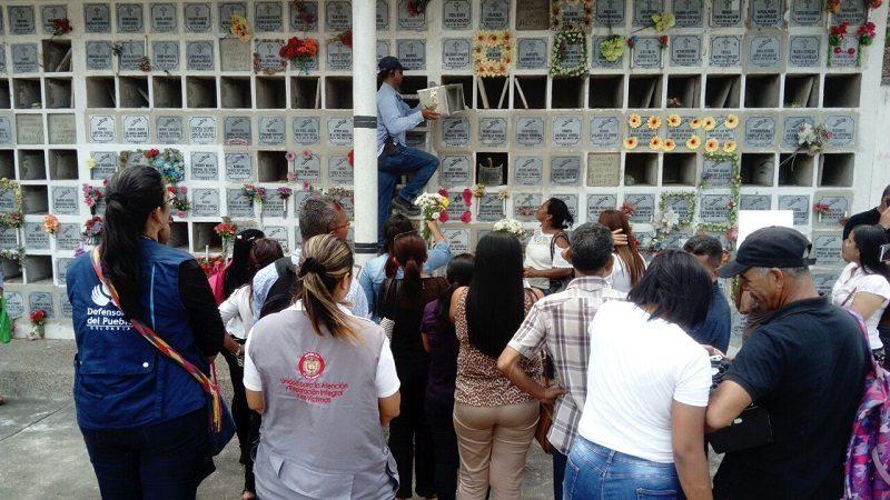 En Barranquilla, entregan de restos óseos a familiares de víctimas que estaban desaparecidas