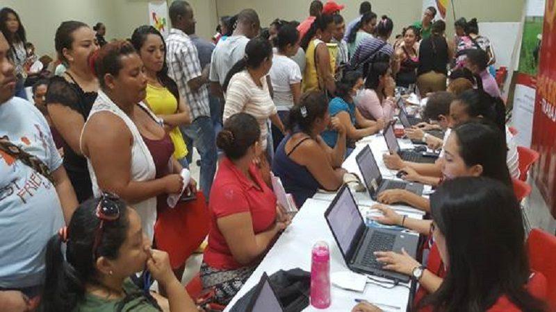 Ofrecen en Barranquilla oportunidades de empleo y formación para víctimas del conflicto armado