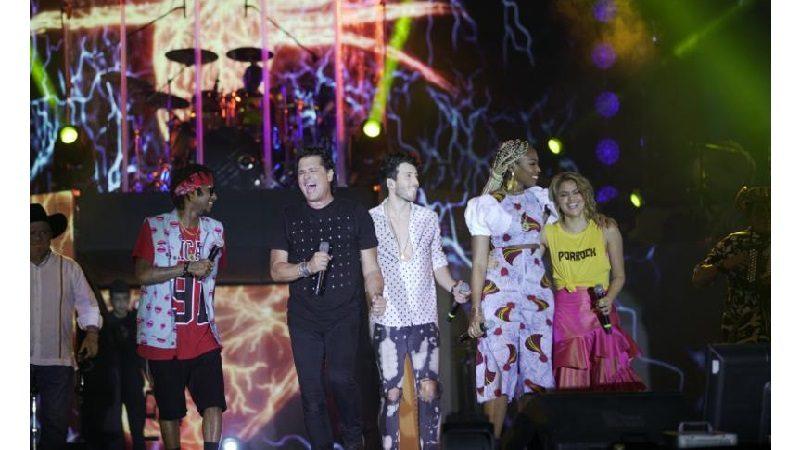 Carlos Vives cerró el Festival Vallenato con 18 invitados y 3 horas de concierto