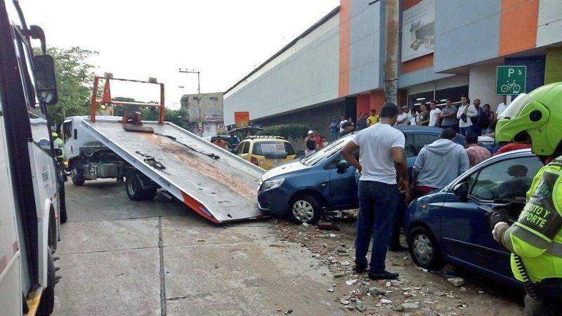 Distrito atiende emergencias por torrencial aguacero en Barranquilla y área metropolitana