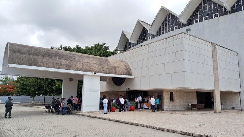 Distrito cede Teatro Amira de la Rosa al Banco de la República, para su recuperación