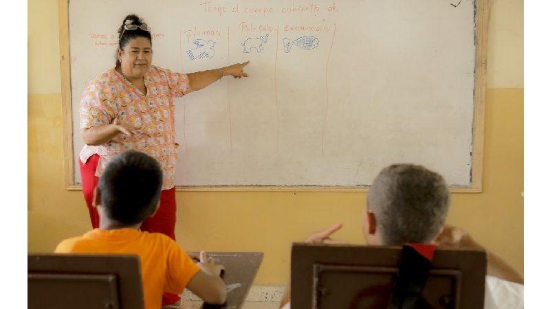 Entra en funcionamiento aula multigrado para sordos en Puerto Colombia
