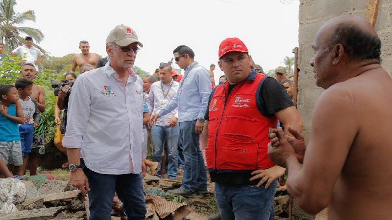 Gobernación lidera atención a familias afectadas en Soledad por lluvias del sábado