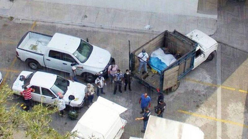 Hallan nueve cadáveres en una camioneta abandonada en el sur de México