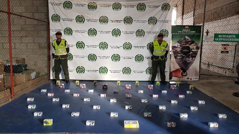 Incautan 30 mil láminas para el álbum del Mundial en operativos contra el contrabando