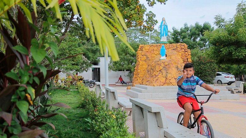 Así quedó el recién remodelado parque La Virgencita de Sabanalarga