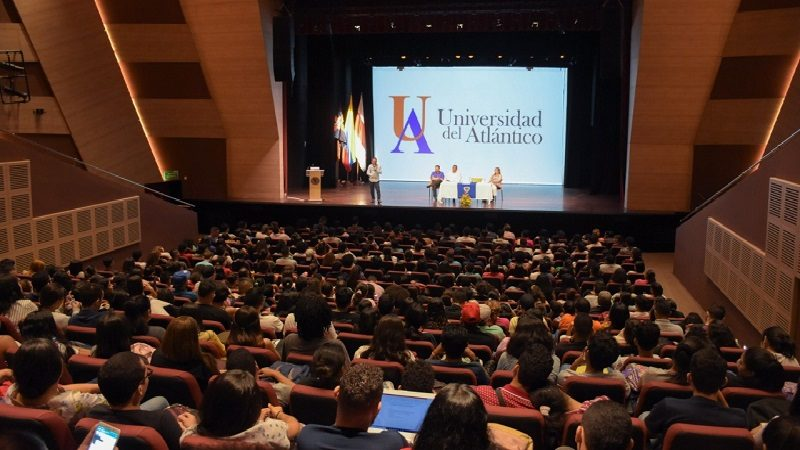 Aprobada nueva Política de Bilingüismo en la Uniatlántico