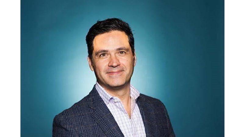 Colombiano es nombrado vicepresidente del centro de operaciones de American Airlines en Miami