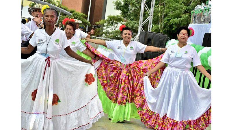 Distrito de Barranquilla celebra mes del adulto mayor