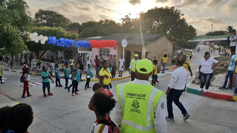 La Esmeralda estrena cuatro vías pavimentadas, inauguradas por el alcalde Alejandro Char