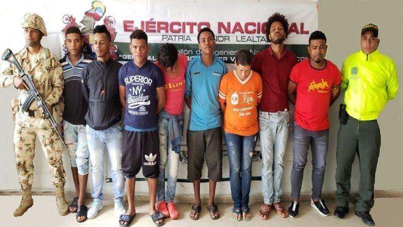 Desarticulan banda que vendía droga en viviendas que el gobierno entregó en Manatí