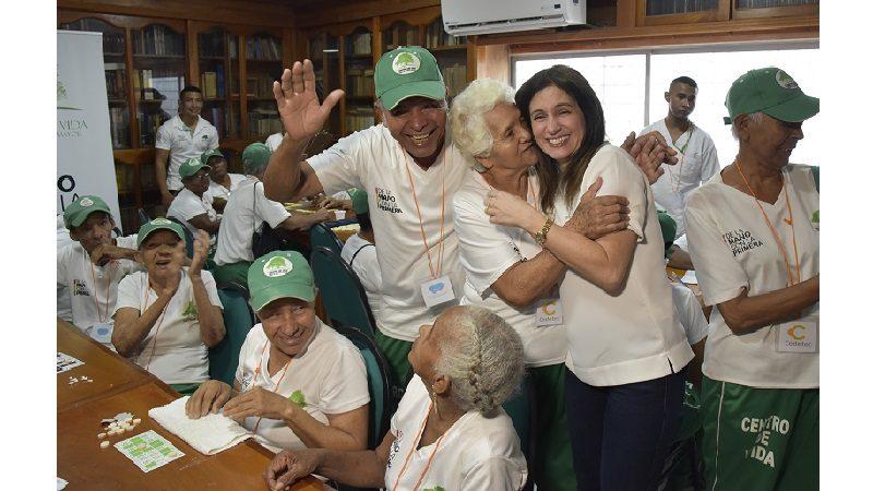 2.500 adultos mayores beneficiados con el proyecto 'Abuelitos Consentidos'