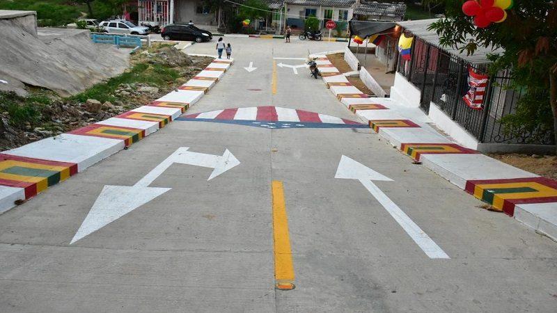 Barrio Lipaya estrena otros 800 metros vías pavimentadas