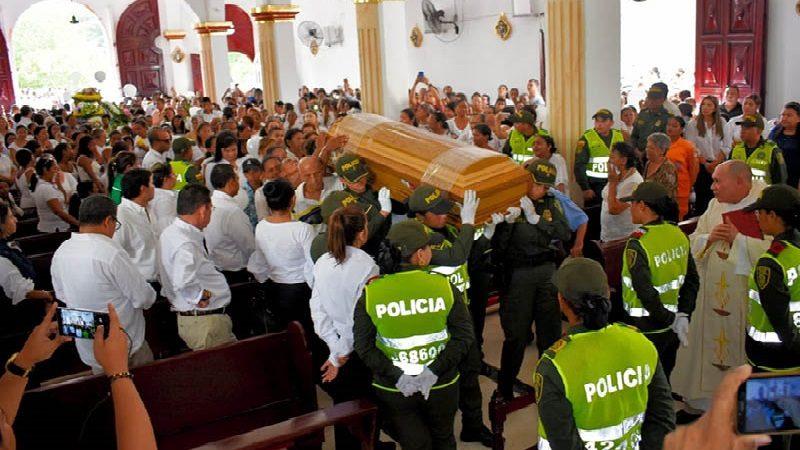Colombia con el corazón destrozado despidió a la pequeña Génesis en Fundación
