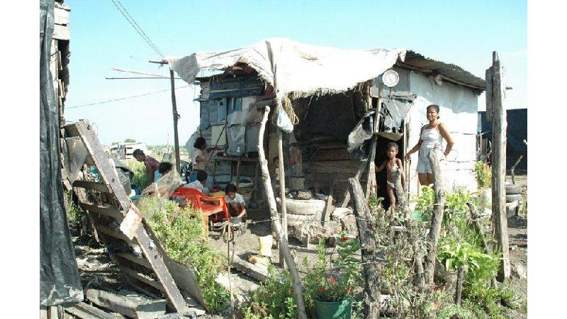 Con entrega de viviendas intentarán combatir la pobreza extrema en Cartagena