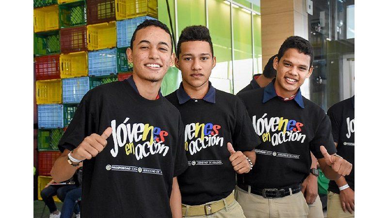 Este viernes 5 de octubre, prerregistro de 'Jóvenes en Acción' para estudiantes de 'Universidad a tu Barrio'