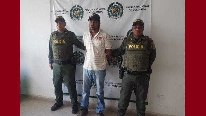 Hombre le lanzó ácido a su hijastra y a otras tres menores, en Arroyo de Piedra