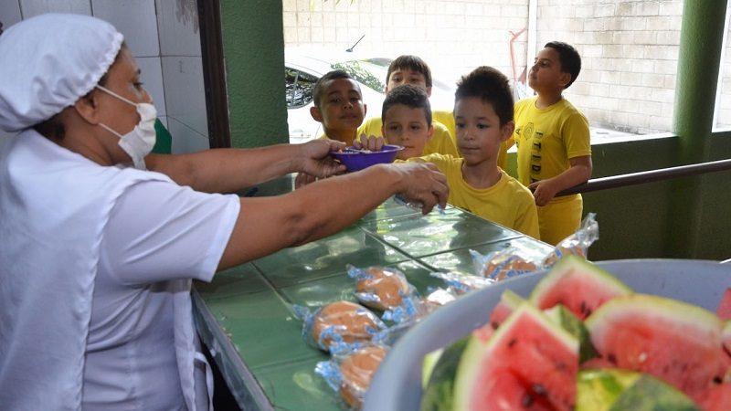 Soledad recibió $11.560 millones para el Plan de Alimentación Escolar