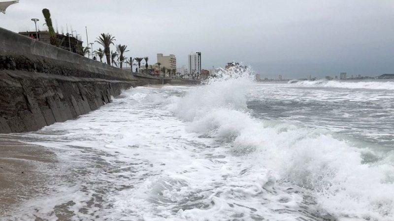Willa se acerca a México como huracán de categoría 4