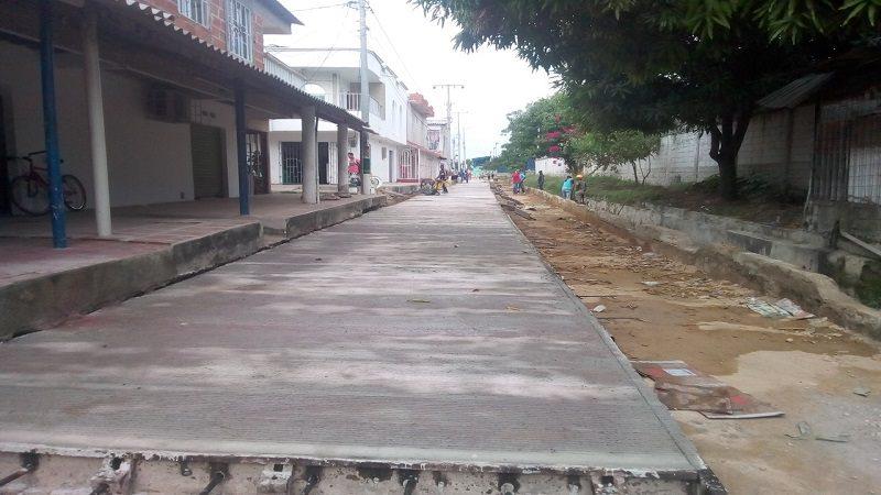 A buen ritmo avanzan obras de pavimentación de vías urbanas en Malambo