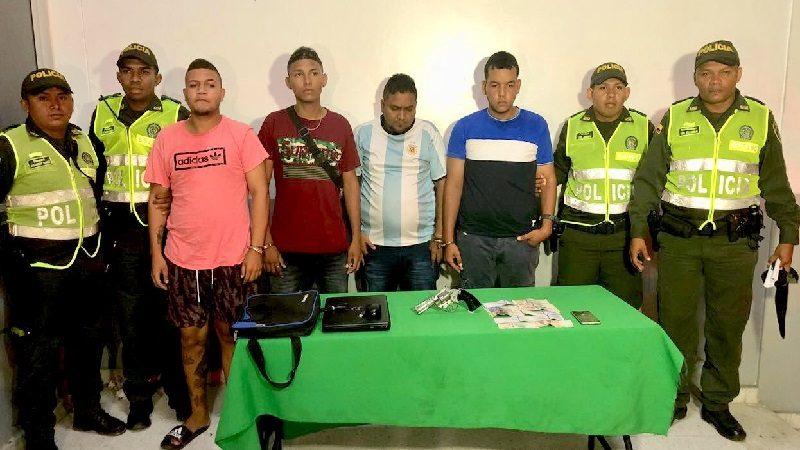 Atracaron en una casa del barrio La Concepción y los capturaron cuando escapaban en un taxi