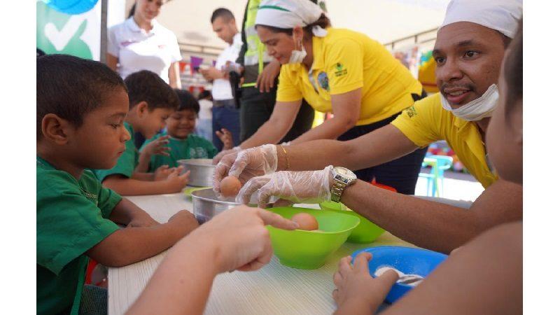 Con feria, Distrito incentiva alimentación nutritiva para la primera infancia