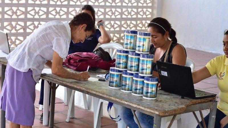 En Malambo, 500 adultos mayores reciben complemento nutricional