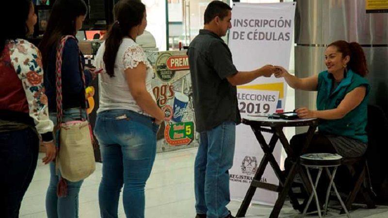 En centros comerciales también están inscribiendo cédulas para elecciones 2019