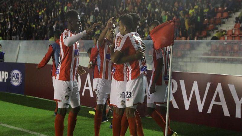 Junior perdió 3-1 ante Defensa y Justicia, pero clasificó a la semifinal de la Suramericana
