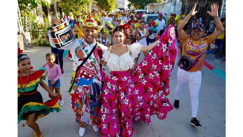 La Reina del Carnaval se ha tomado 27 barrios con 'La Ruta de la Alegría'