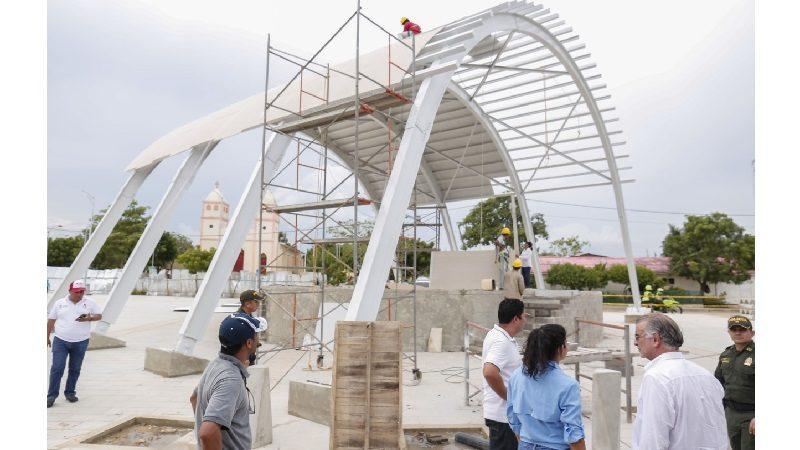 Va en 80% la ampliación de la gran plaza del municipio de Candelaria