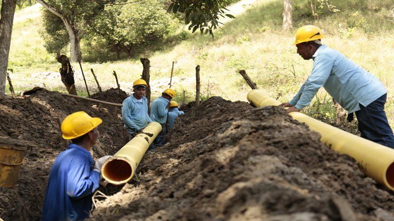 Avanzan trabajos para ampliar cobertura de alcantarillado en Usiacurí