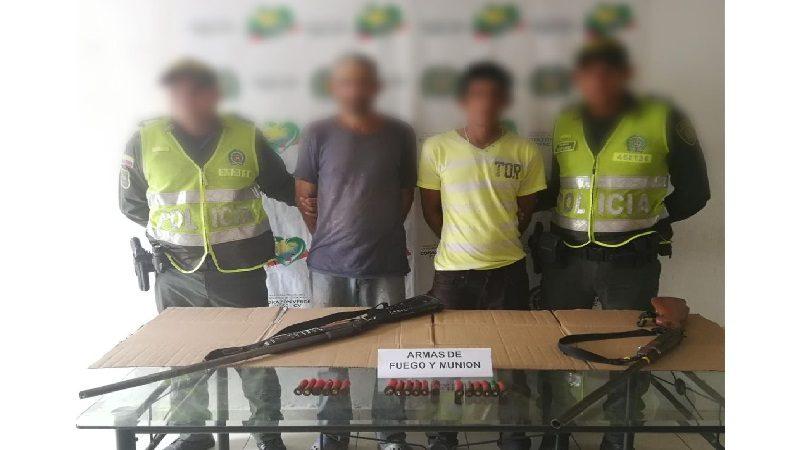 Capturan a dos hombres con escopetas calibre 16, en Ponedera