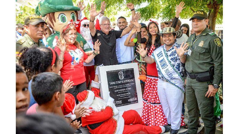 Con inauguración de vías y cancha de fútbol, autoridades iluminan a Soledad en el día de 'Velitas'