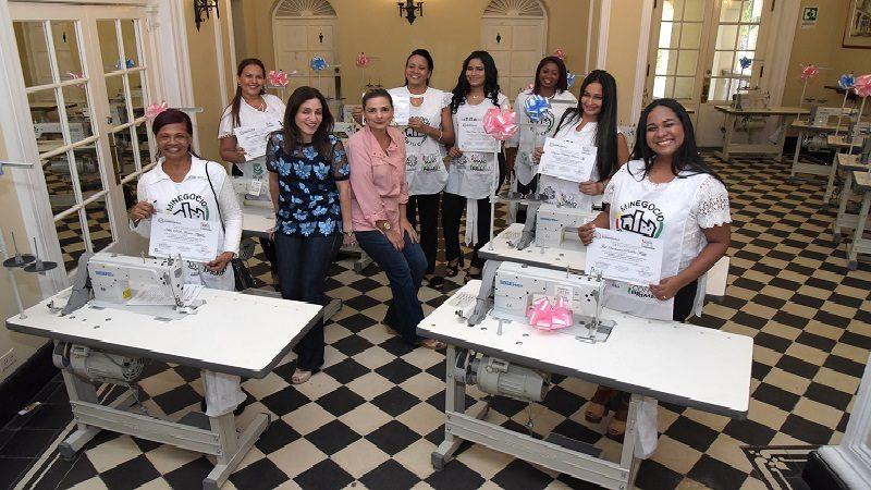 En Barranquilla, 467 mujeres capacitadas en emprendimiento ya pueden generar ingresos