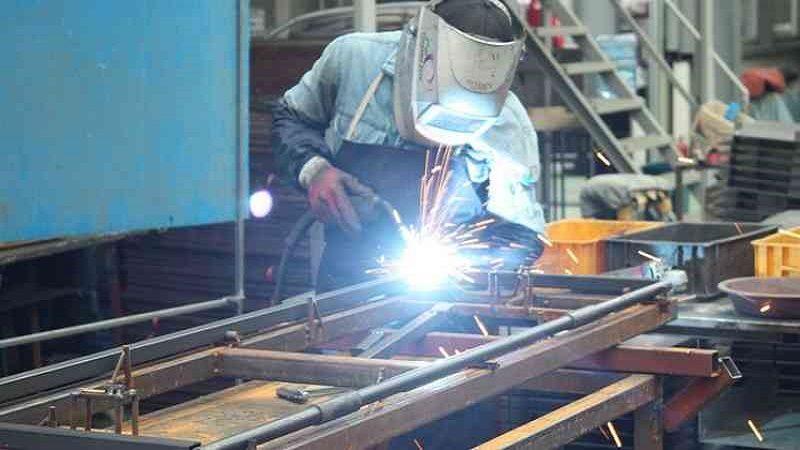 Industria manufacturera colombiana alcanzó sus niveles más altos de los últimos seis años, creció 5,8%