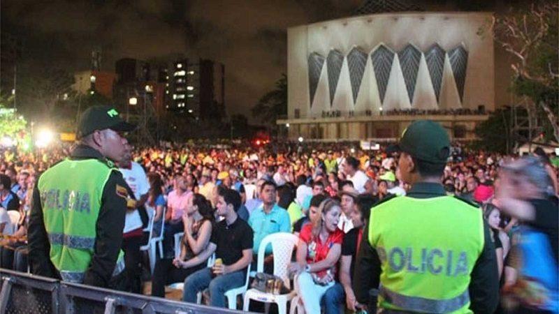 Autorizan consumo de bebidas alcohólicas en la Plaza de la Paz durante la lectura del bando