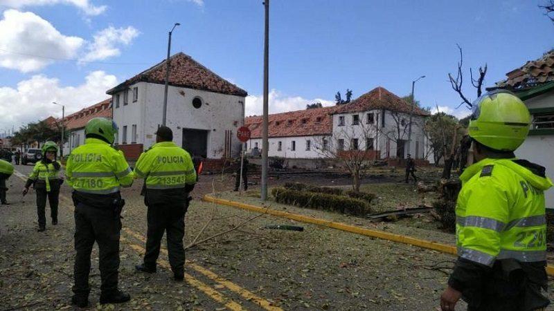 Carro bomba estalla en Escuela General Santander en Bogotá