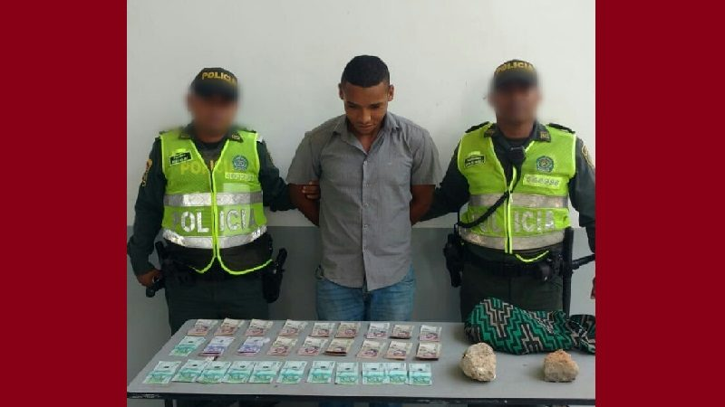Con dos piedras, venezolano asaltó a un ciudadano en el barrio El Poblado de Barranquilla