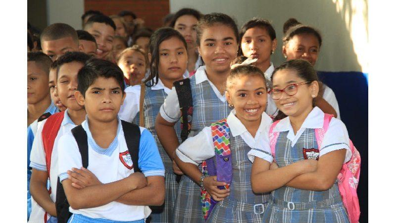 Estudiantes de Barranquilla, de regreso a clases con más 'Entornos Escolares Seguros'