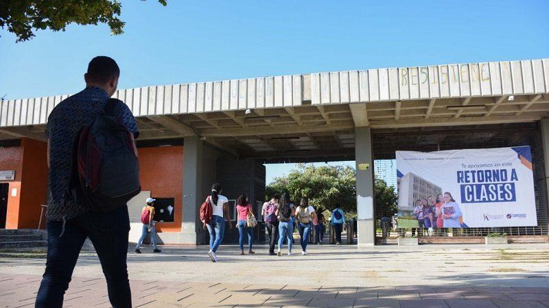 Estudiantes de Unitlántico retornaron a clases después de tres meses de paro