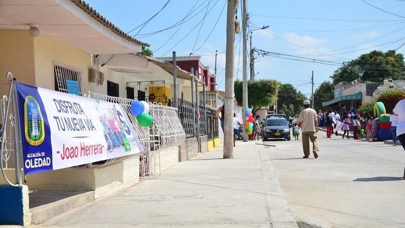 Inauguran dos vías pavimentadas en los barrios El Triunfo e Hipódromo de Soledad