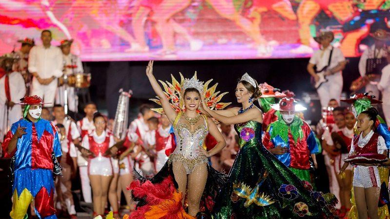 Carolina Suárez recorrió la tradición del Atlántico en su coronación