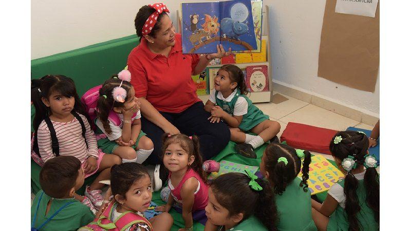Con ambiente festivo y mucho amor por los niños, arrancó atención a primera infancia en el Distrito