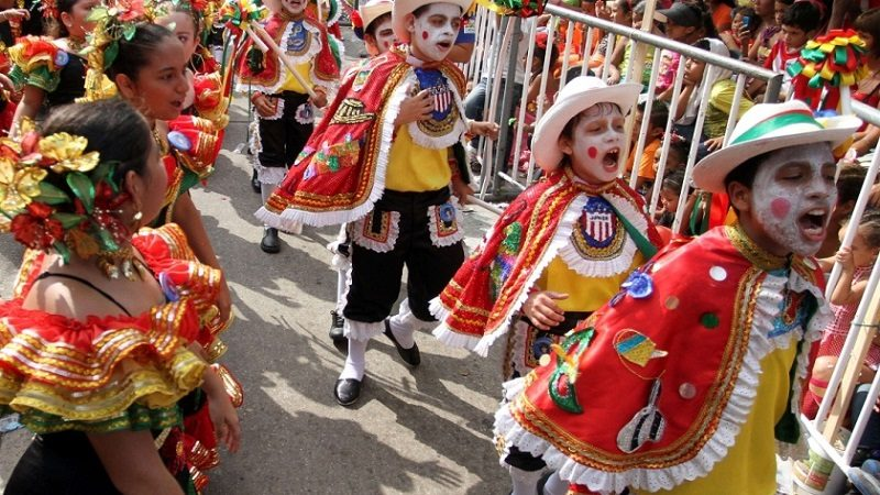 Desfile del Carnaval de los Niños, este domingo 24 de febrero, a las 11 de la mañana