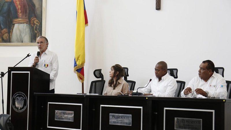 Gobernador Verano presentó 14 proyectos durante instalación de sesión extraordinaria de la Asamblea