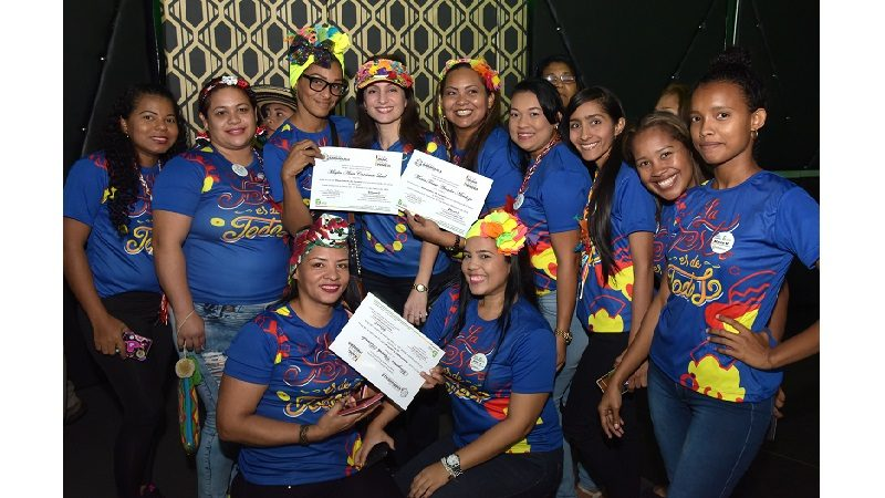 Más de 6.000 mujeres se han certificado en cursos liderados por primera dama del Distrito