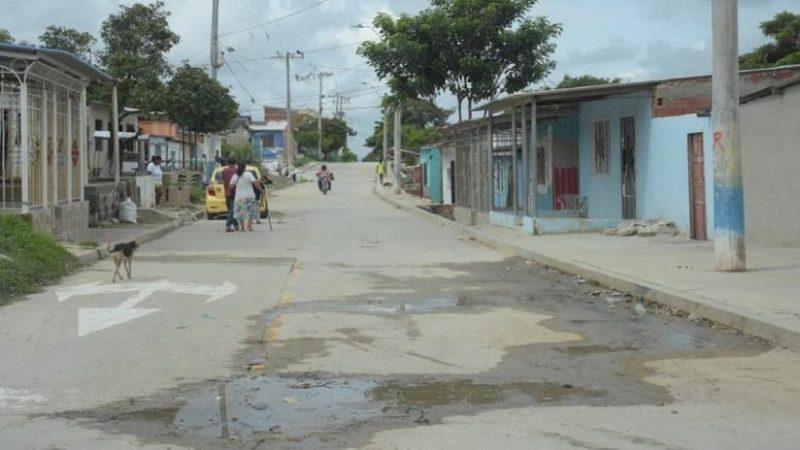 Sicarios en moto asesinan a tiros a un hombre en el barrio El Bosque