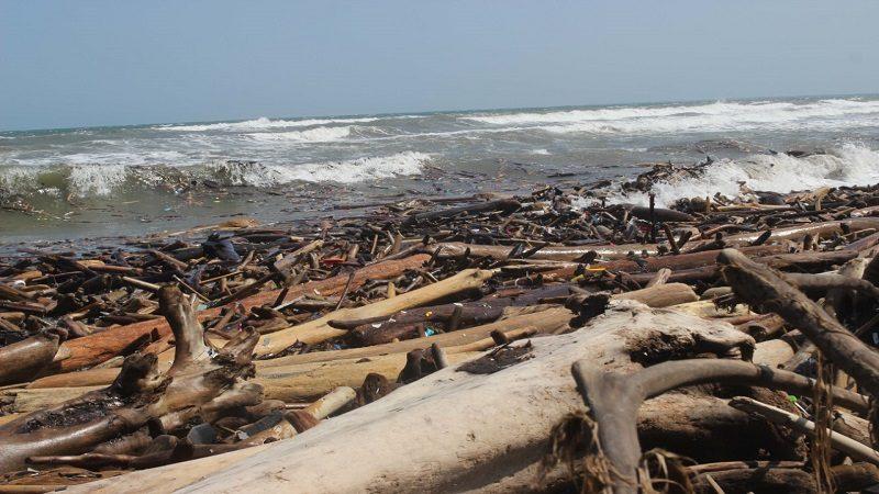 Situación de las playas de nuestro departamento, un problema que no da espera