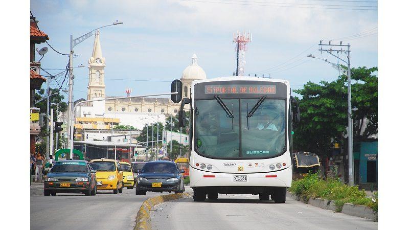 Transmetro mejora programación con aumento de buses en operación